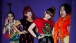 4_2NE1_Backstage_29
